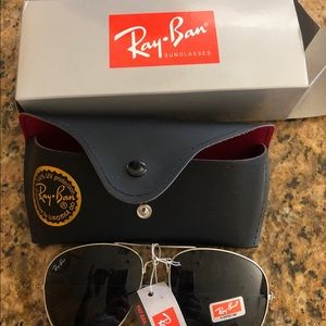 BRAND NEW aviator sunglasses RAY BAN